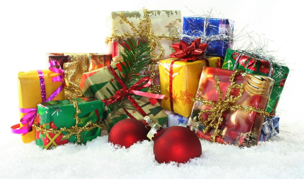 Should You Send Your Clients Christmas Gifts?