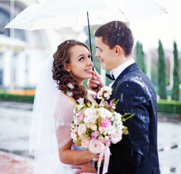 The wedding must go on whether it's rain or shine so come prepared as a professional wedding planner