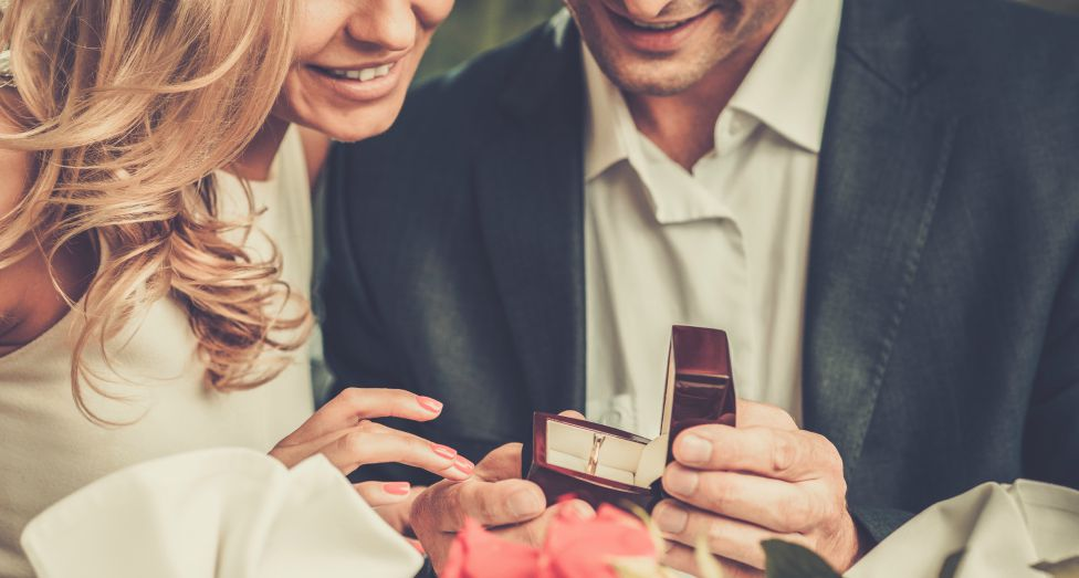Planning a Wedding Proposal to Remember