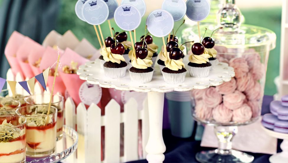 Novelty wedding food ideas