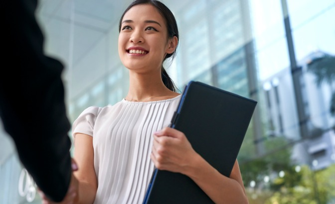 Professional hiring event planner assistants