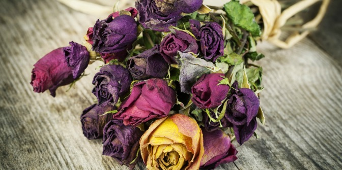 Dried flowers in wedding bouquet as winter wedding decor
