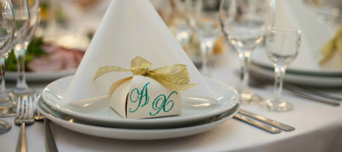 Wedding favors seem small, but the price adds up fast