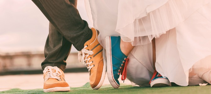 Why is it considered bad luck for couples to see each before the wedding altar?