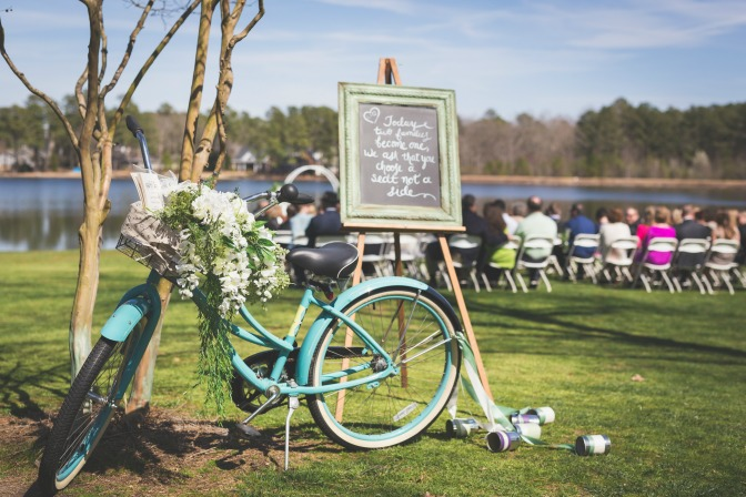 themed-weddings-bicycle