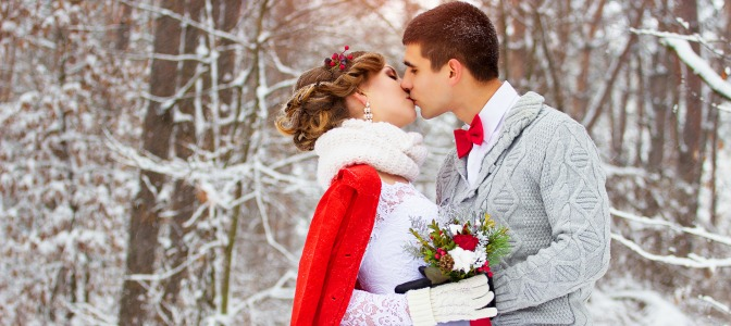 Pros and cons of planning a christmas wedding in the winter