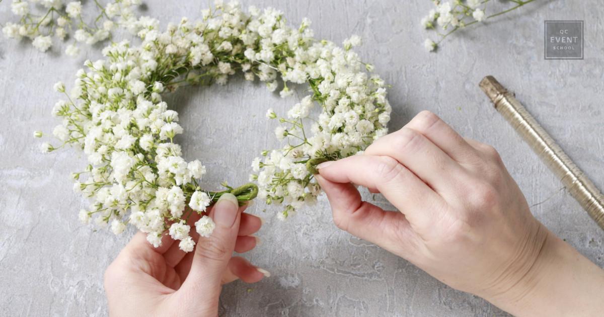 diy spring wreath event decor for wedding