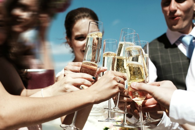 Setting a wedding and event budget