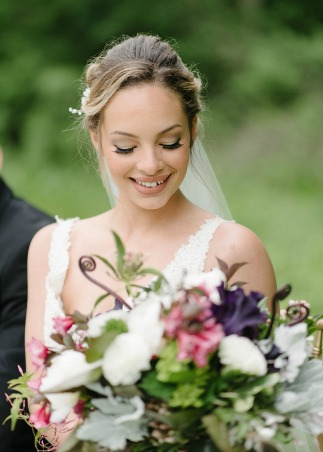 Learn how to build your wedding planning portfolio