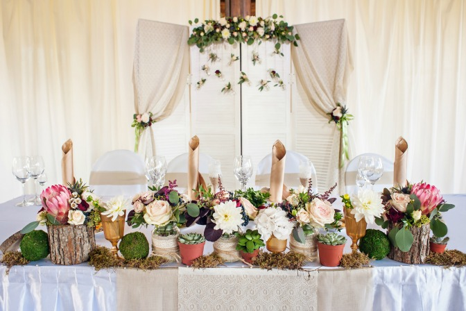 Seasonal Spring wedding styling and decor