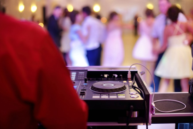 How to plan a wedding playlist