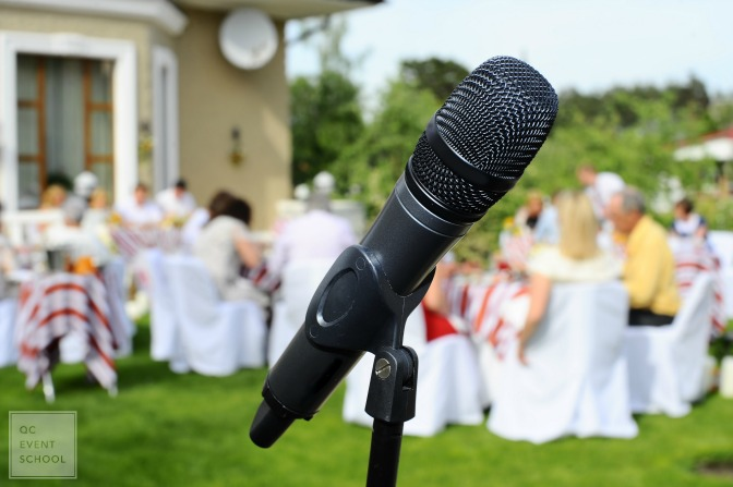 How to make a wedding speech as the wedding planner