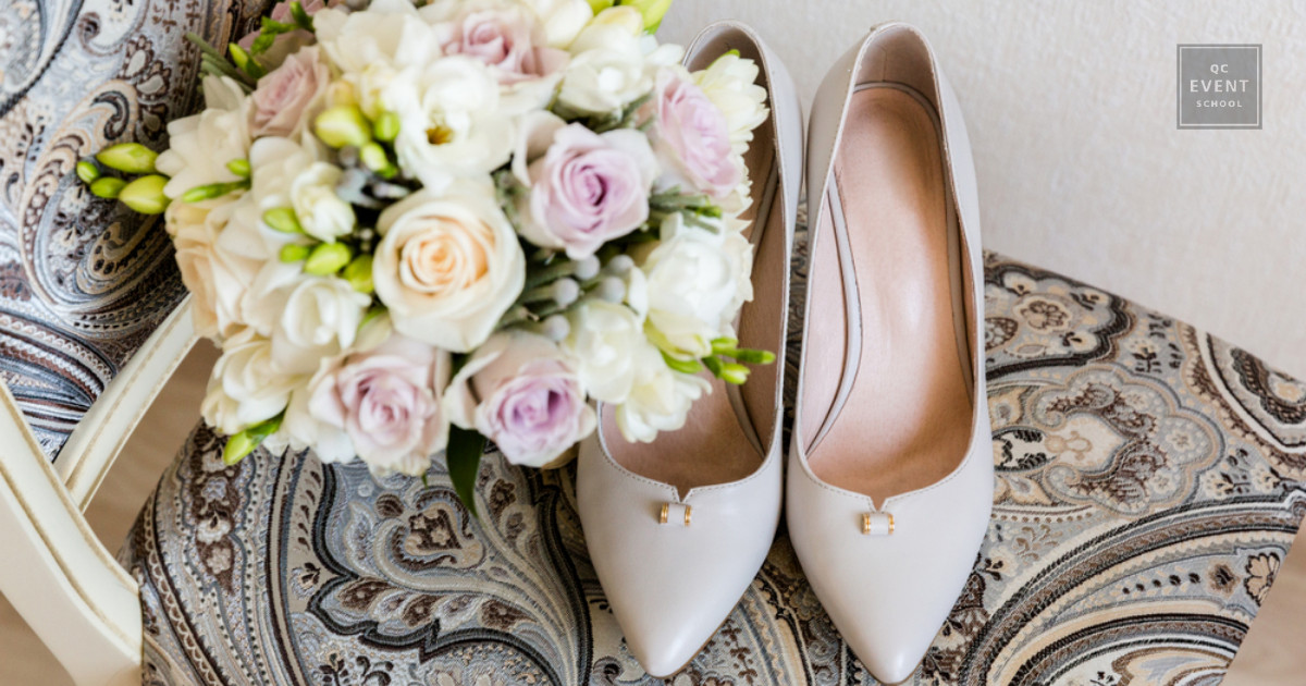 wedding planning bridal bouquet and wedding shoes