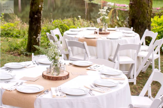 Hosting wedding receptions outdoors