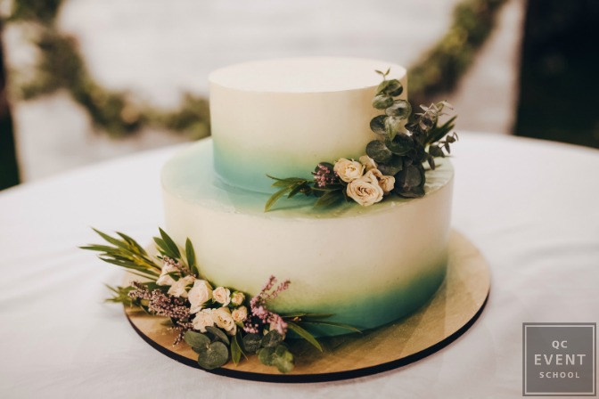 Pinterest wedding cake with green accents
