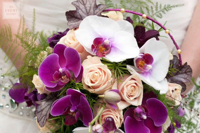 Wedding decor idea for purple bridal bouquet
