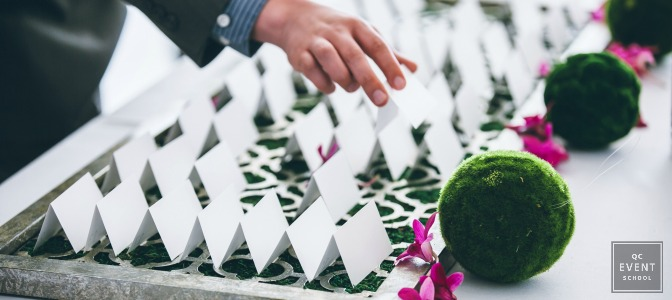 Guest seating cards at outdoor event
