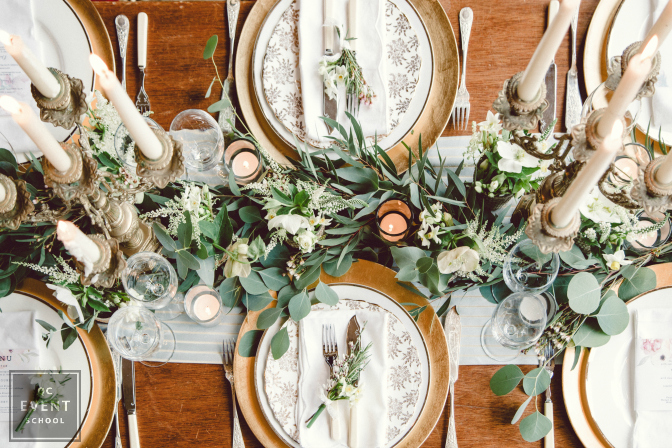 luxury wedding table setting