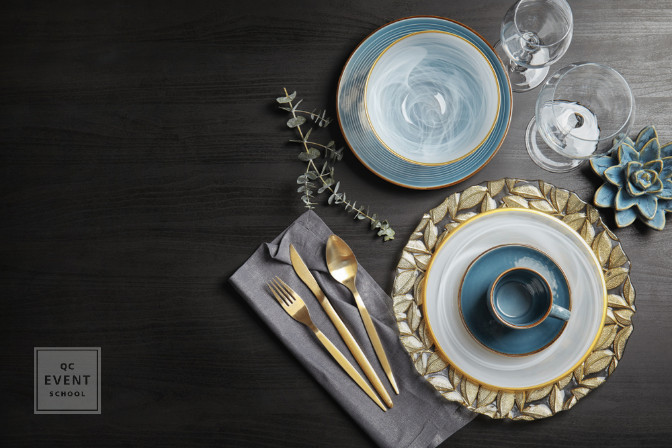 blue and gold color palette - how to become a party planner