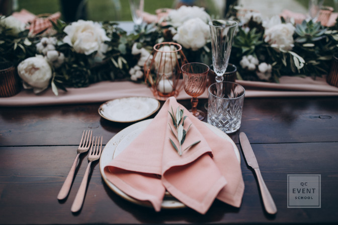 small detail in tablescaping - learn how to be a party planner who can decorate events