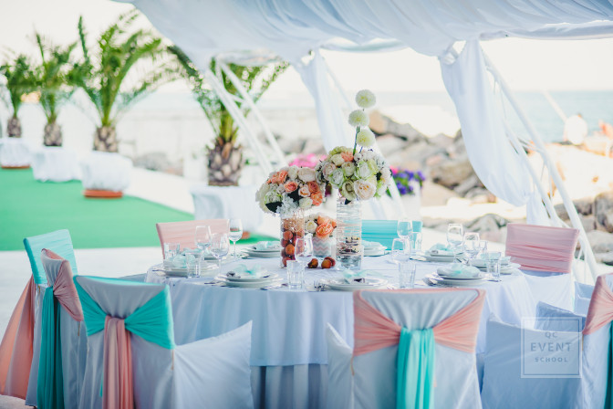 ocean side wedding reception decor
