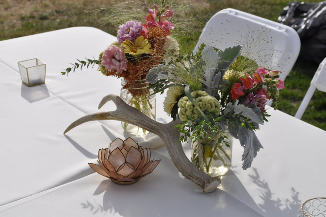 Country boho wedding tablescape decor by Cherry Creek Events