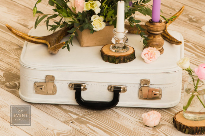 event decor briefcase