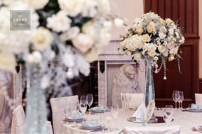 event planner questions to ask every client beautiful flowers and table