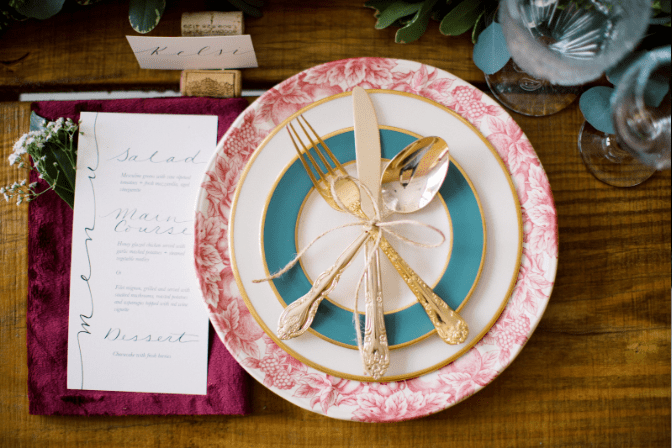 photoshoot - sydney schatz - table and plate setup