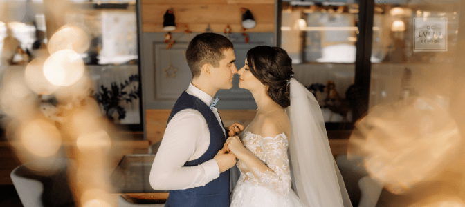 how to start a wedding business happy couple getting married