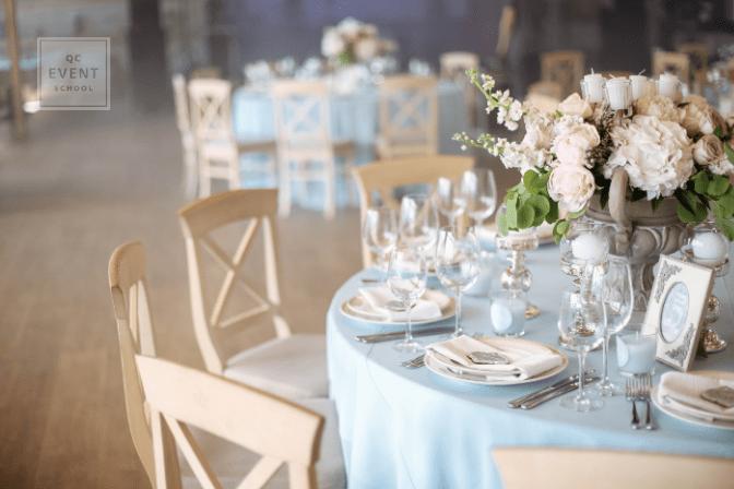 beautiful wedding table decor and setup