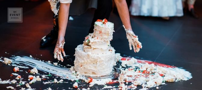 How to become a wedding planner feature image, fallen wedding cake
