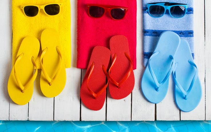 Essentials for planning a pool party