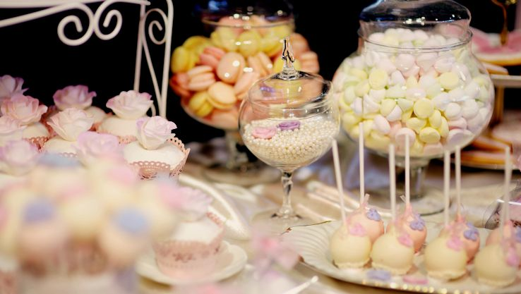 Candy bar for wedding food ideas