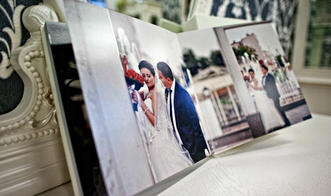 Wedding photos in wedding planner's portfolio.